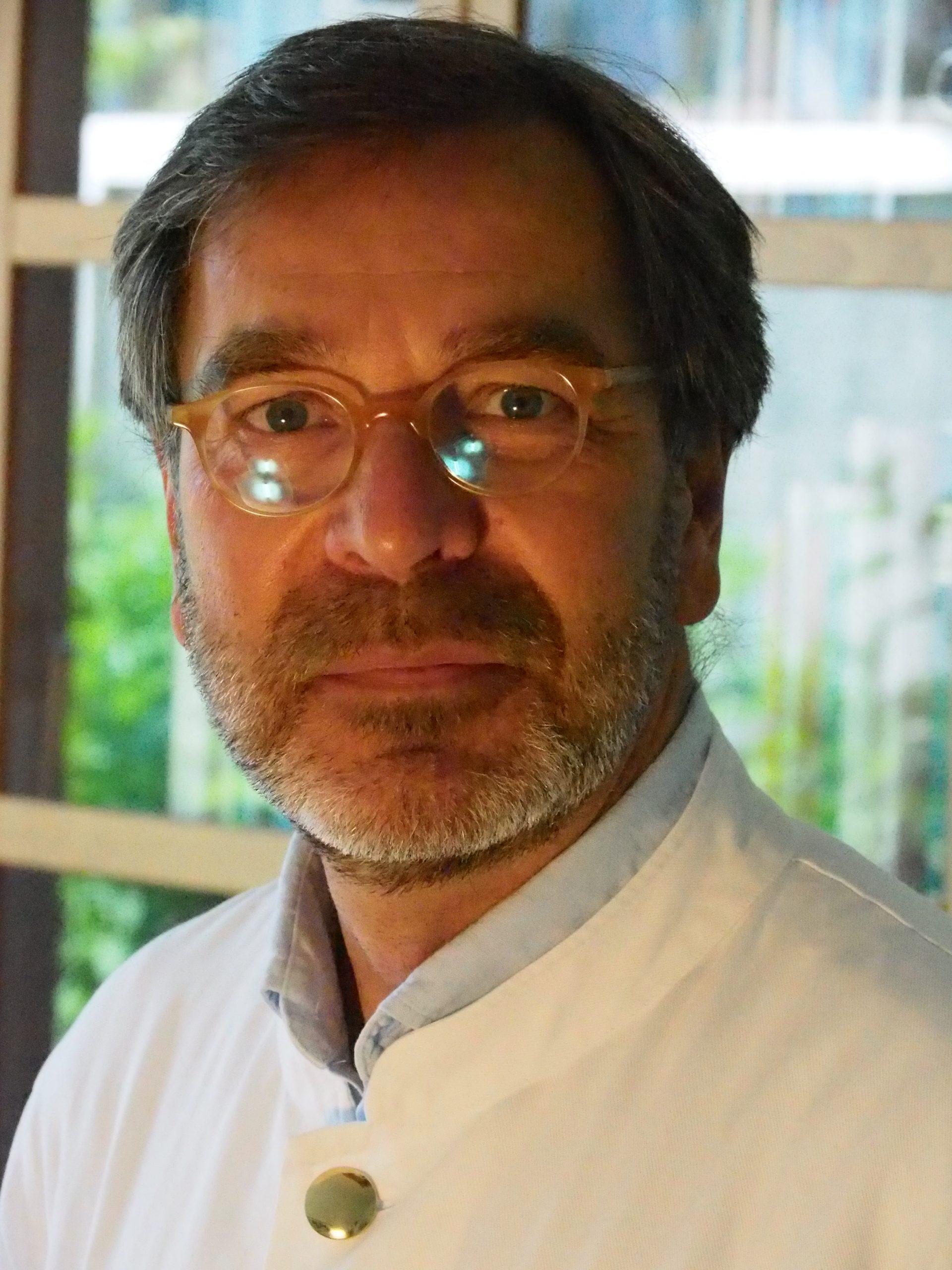 Dr. med. St. Wessel